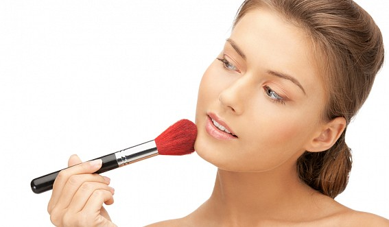 Stylist-make-up artist distance learning